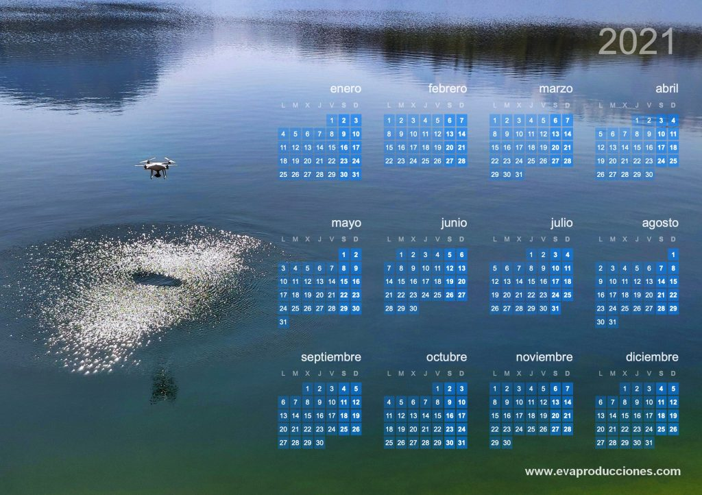Calendario Dron sobre el agua